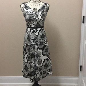 Talbots black & white cotton sunflower dress